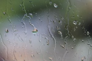 Редкий дождь
