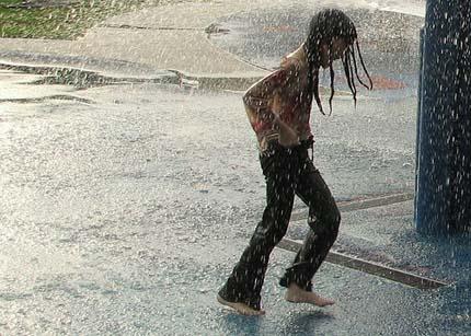 радость в летний дождь