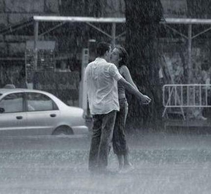 дождь и поцелуй