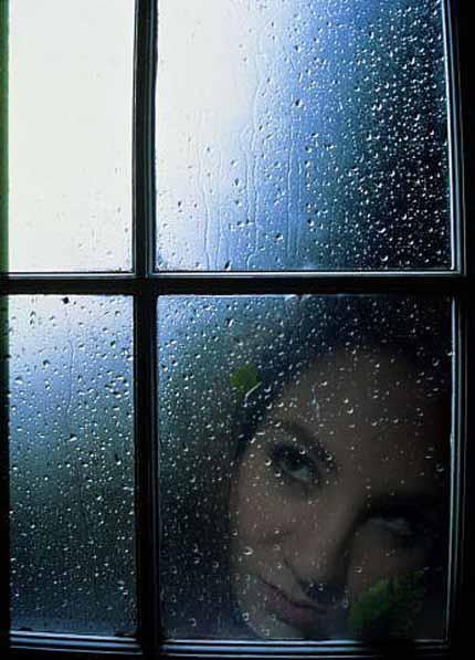 Дождь моросит